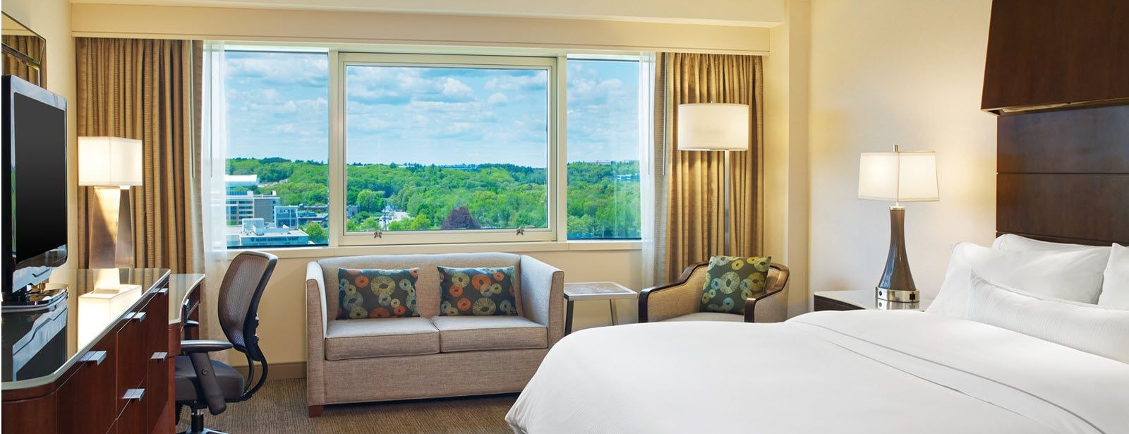 The Westin Waltham Boston reservoir guest room